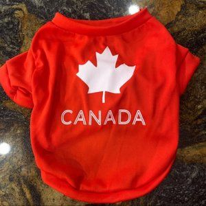Dog Canada red white T-shirt